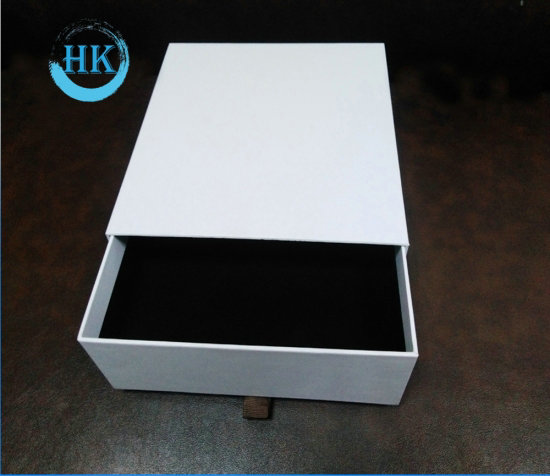 Drawer Box Packaging With Ribbon